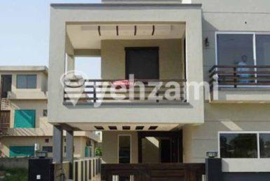 250 Sq Yd House,